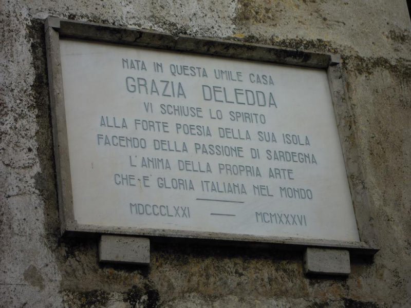 Commemorative plate of Grazia Deledda
