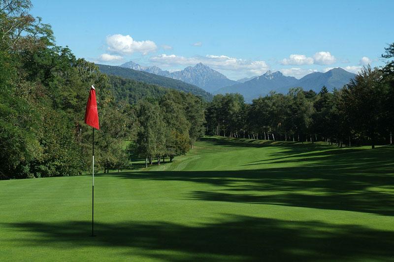 golf club villa deste