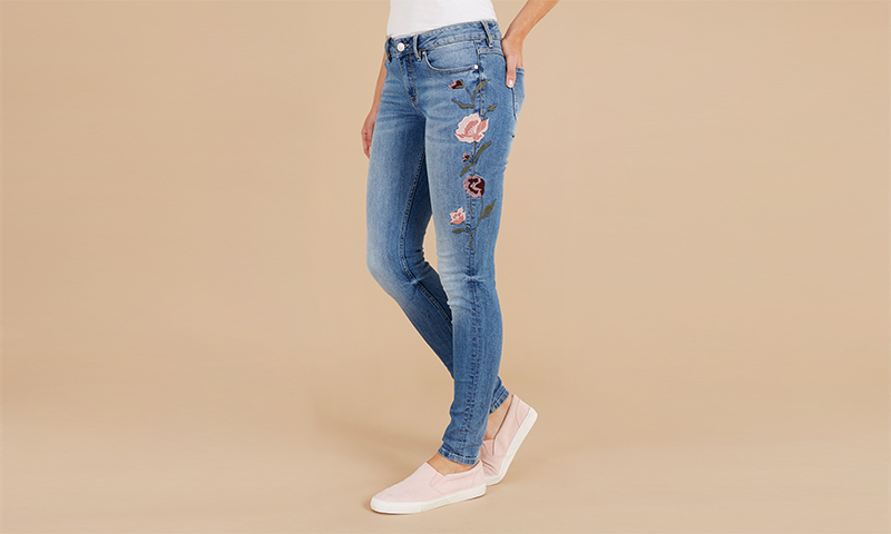 Jeans Embroided