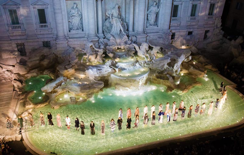 Sfilata Fendi - Fontana di Trevi