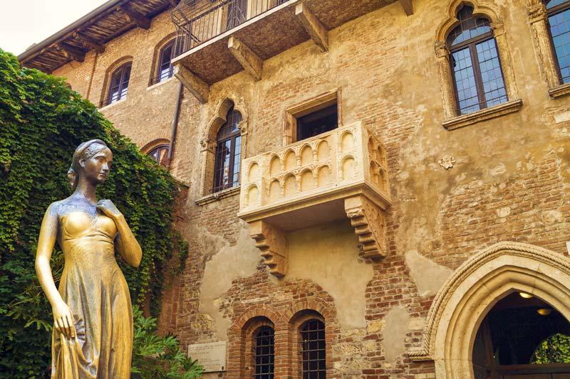 Statua di Giulietta, Verona