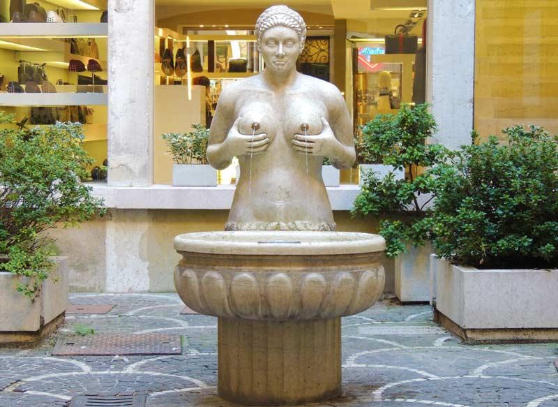 La fontana delle Tette, Treviso