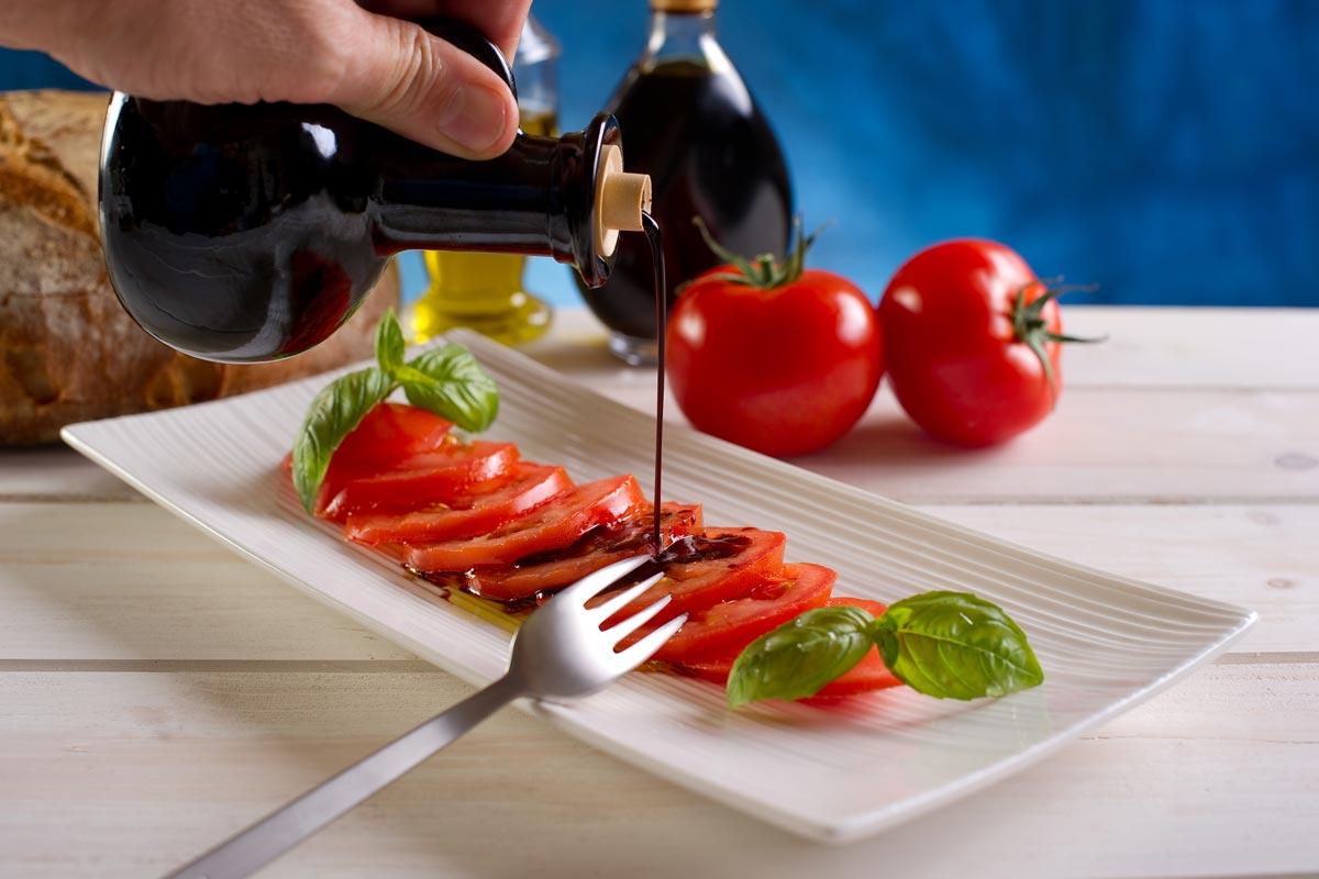 Pomodori con aceto balsamico