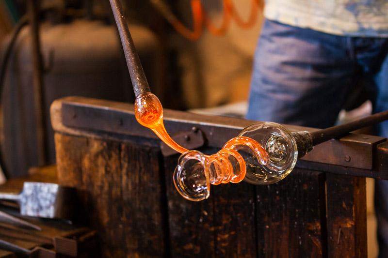 Come si produce il vetro di Murano