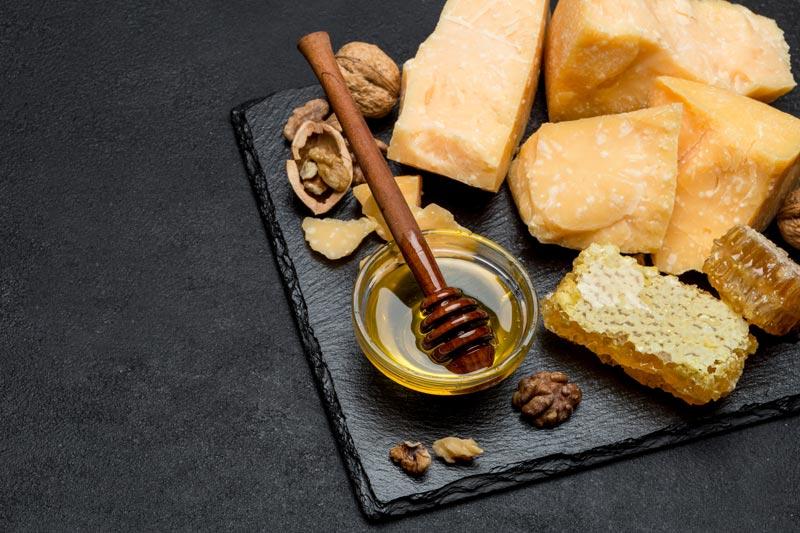 Parmigiano Miele Noci