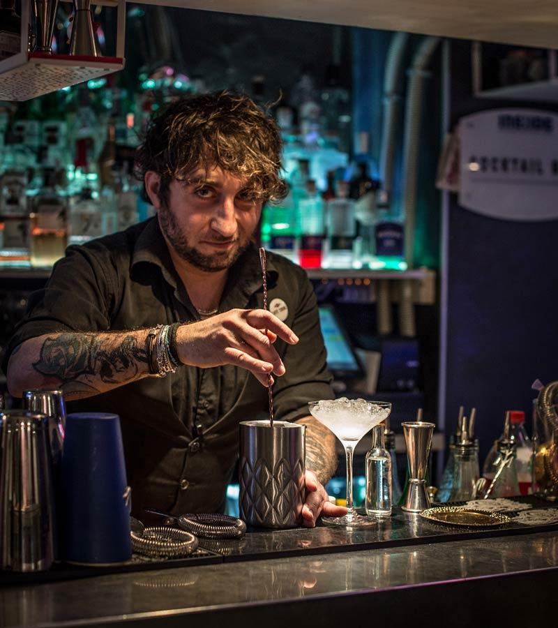 Marco Riccetti head bartender d ell'Insidel Restaurant & Cocktail Bar di Torino 4