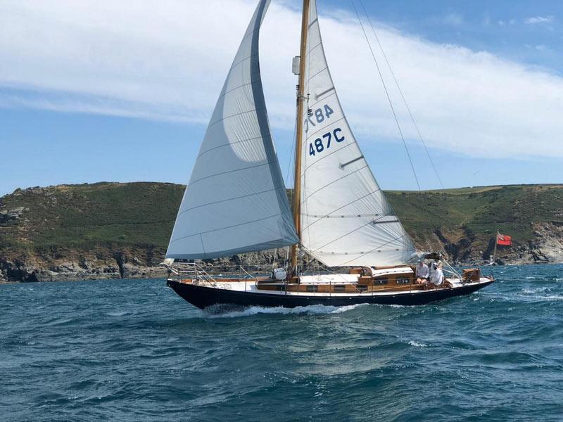 barca a vela sloop